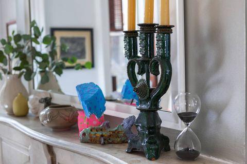 Candle holder, Glass, Serveware, Interior design, Barware, Flowerpot, Drinkware, Stemware, Still life photography, Houseplant,