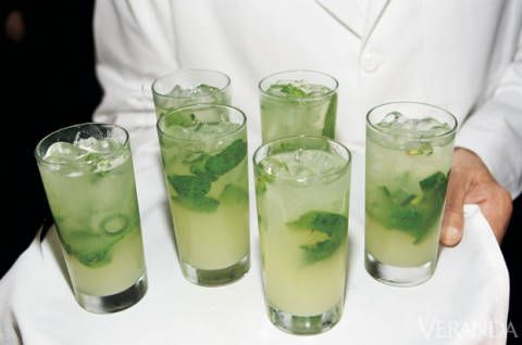 Fluid, Green, Drink, Alcoholic beverage, Cocktail, Liquid, Distilled beverage, Tableware, Classic cocktail, Caipirinha,