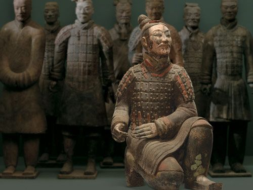 Kneeling Archer Qin dynasty (221-206 B.C.) Terra cotta Excavated from Pit 2 Museum of the Terra Cotta Warriors and Horses of Emperor Qin Shihuang, Lintong, China Photography: Wang Da-Gang