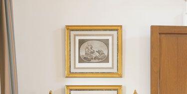 Italian 18th-c. commode. Neoclassical objets d'art.