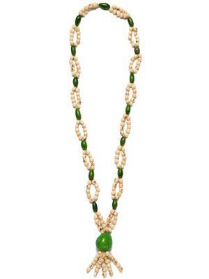 Jewellery, Brown, Green, Photograph, Fashion accessory, Amber, Natural material, Body jewelry, Aqua, Fashion,