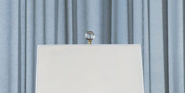 Jan Showers' Italian blown-glass Lemon Drop lamp with glass finial.