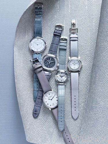 Everyday carry, Metal, Grey, Watch, Strap, Steel, Material property, Silver, Watch accessory, Natural material,