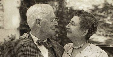Daughter Belle and father Bernard Baruch share an intimate moment in 1957 at Hobcaw Barony, the 17,500-acre estate she acquired from him and which she left as a South Carolina research facility when she died in 1964.