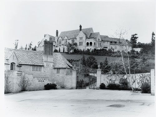 Greystone estate and its gatehouse in 1928, the year the mansion was completed.