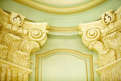 Yellow, Architecture, Ceiling, Wall, Molding, Art, Carving, Beige, Classical architecture, Visual arts,