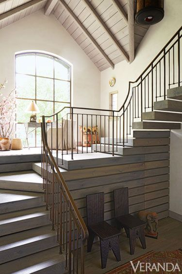 Stairs, Wood, Interior design, Property, Room, Architecture, Handrail, Home, Real estate, Floor,