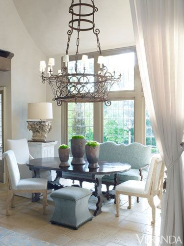 feminine alabama home susan ferrier design - Veranda Dining Rooms