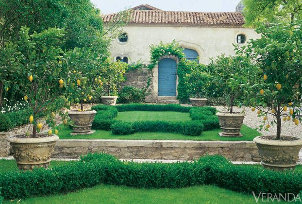 28 French Gardens Best FrenchStyle Garden Designs