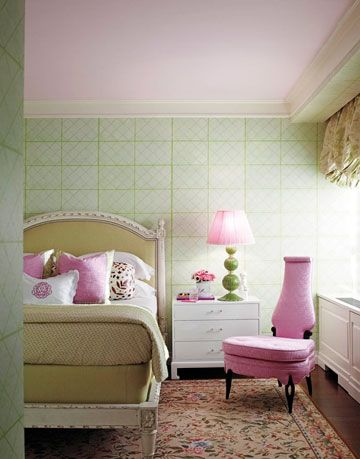 "Color on the ceilings life the eye up making a room seem taller, hence bigger. Jamie Drake opted for Benjamin Moore's I Love You Pink to contrast the <a href=""http://www.housebeautiful.com/decorating/colors/drake-greens-0308"" target=""_bank"">Grace Kelly green scheme throughout the two-bedroom Manhattan apartment</a>."