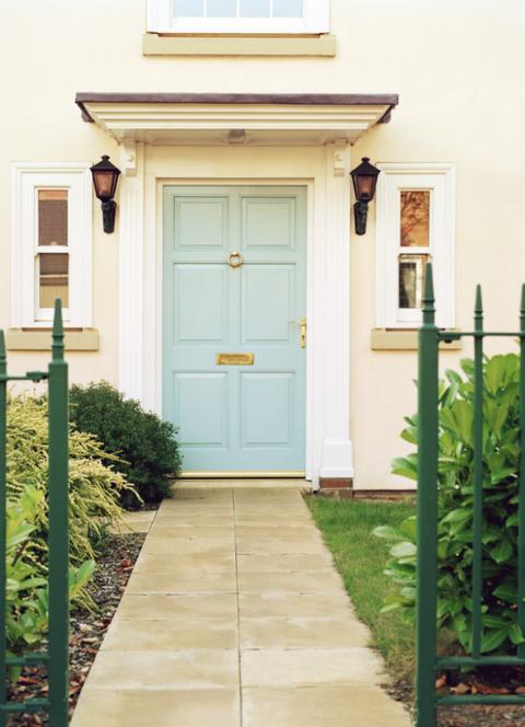 Wood, Green, Plant, Property, Door, House, Real estate, Building, Home door, Wood stain,