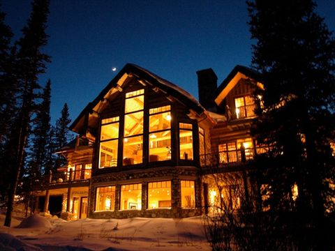 Property, House, Tree, Residential area, Home, Real estate, Building, Facade, Winter, Evening,