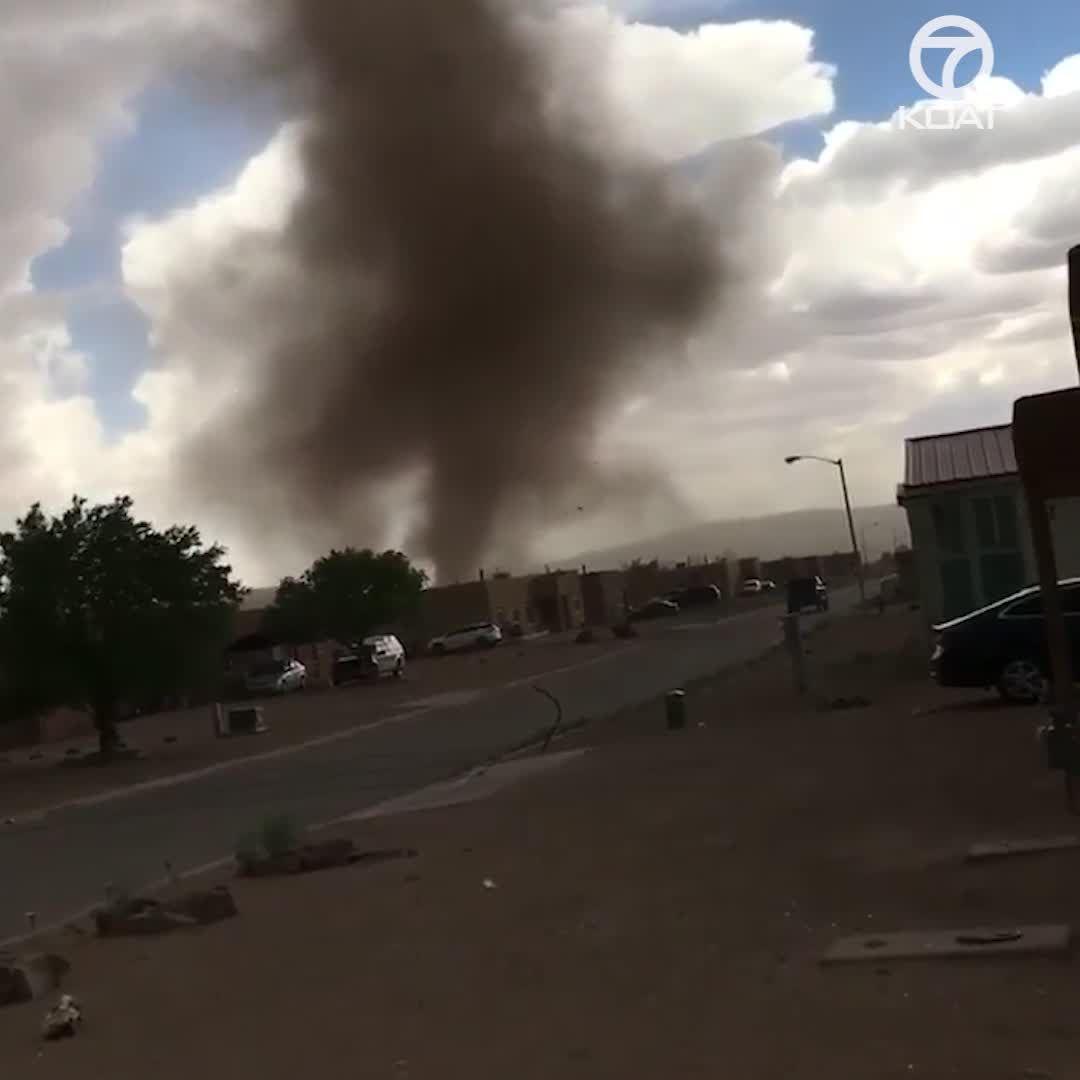 Landspout tornado touches down in Kewa Pueblo