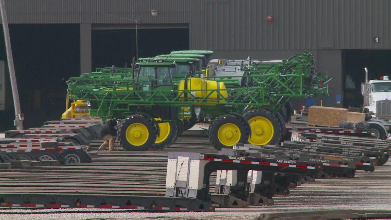 More than 900 laid off at John Deere