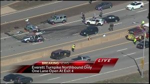 Update: Everett Turnpike at standstill after carjackings, crash