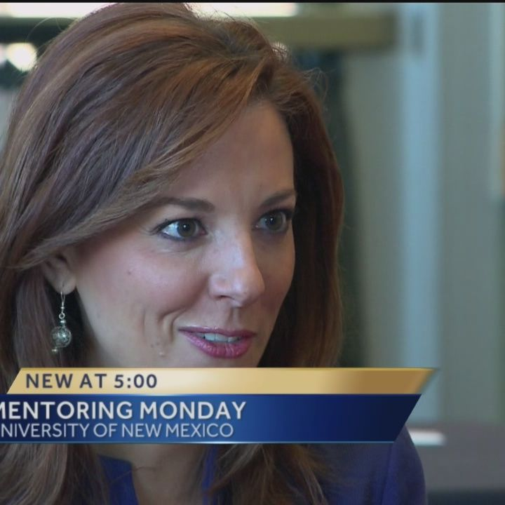 Shelly takes part in Mentoring Monday at UNM