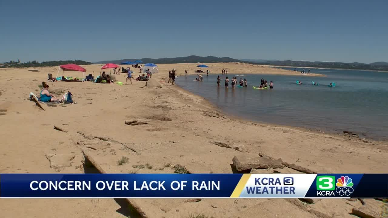Water levels low at Folsom Lake as California faces threat of drought