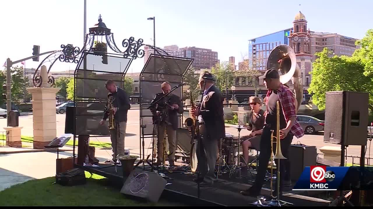 A sign of some normalcy: Outdoor concert returns to Plaza hotel
