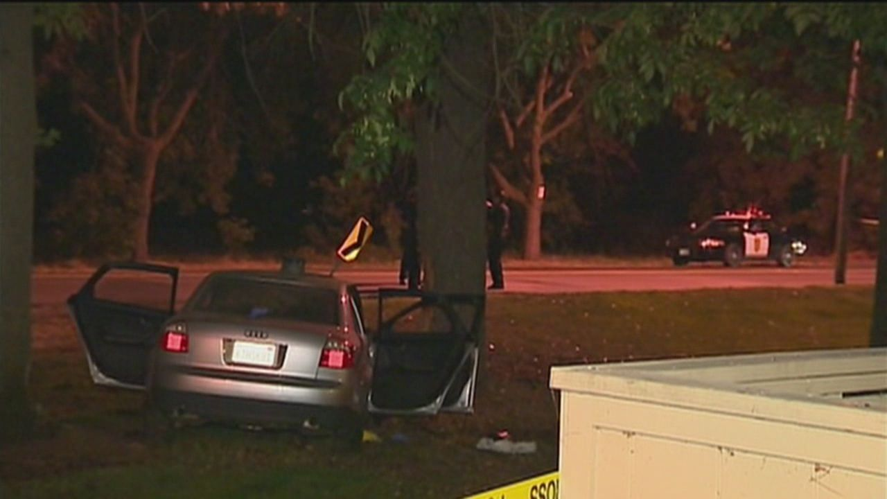 1 dead, 2 injured in Sacramento car crash
