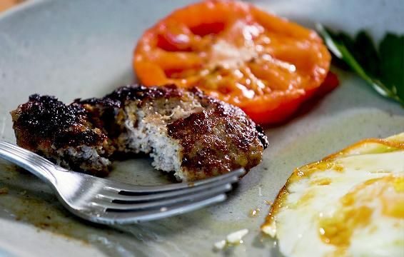 How to Make Your Own Breakfast Sausage