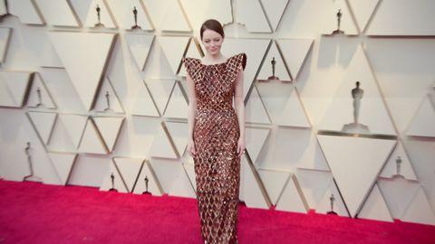 353426aaad8 Emma Stone s Oscars 2019 dress took 712 hours to make