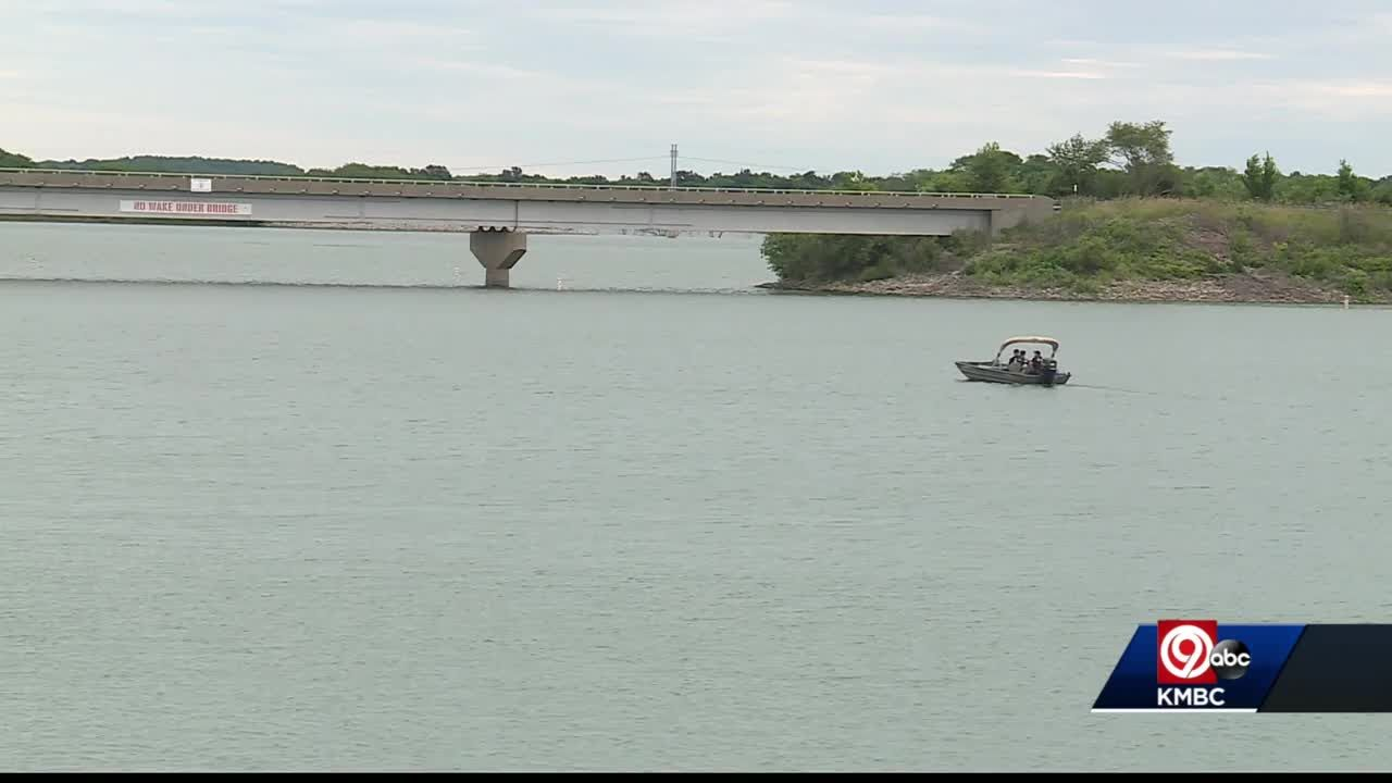 Crews recover body of missing female swimmer at Smithville Lake