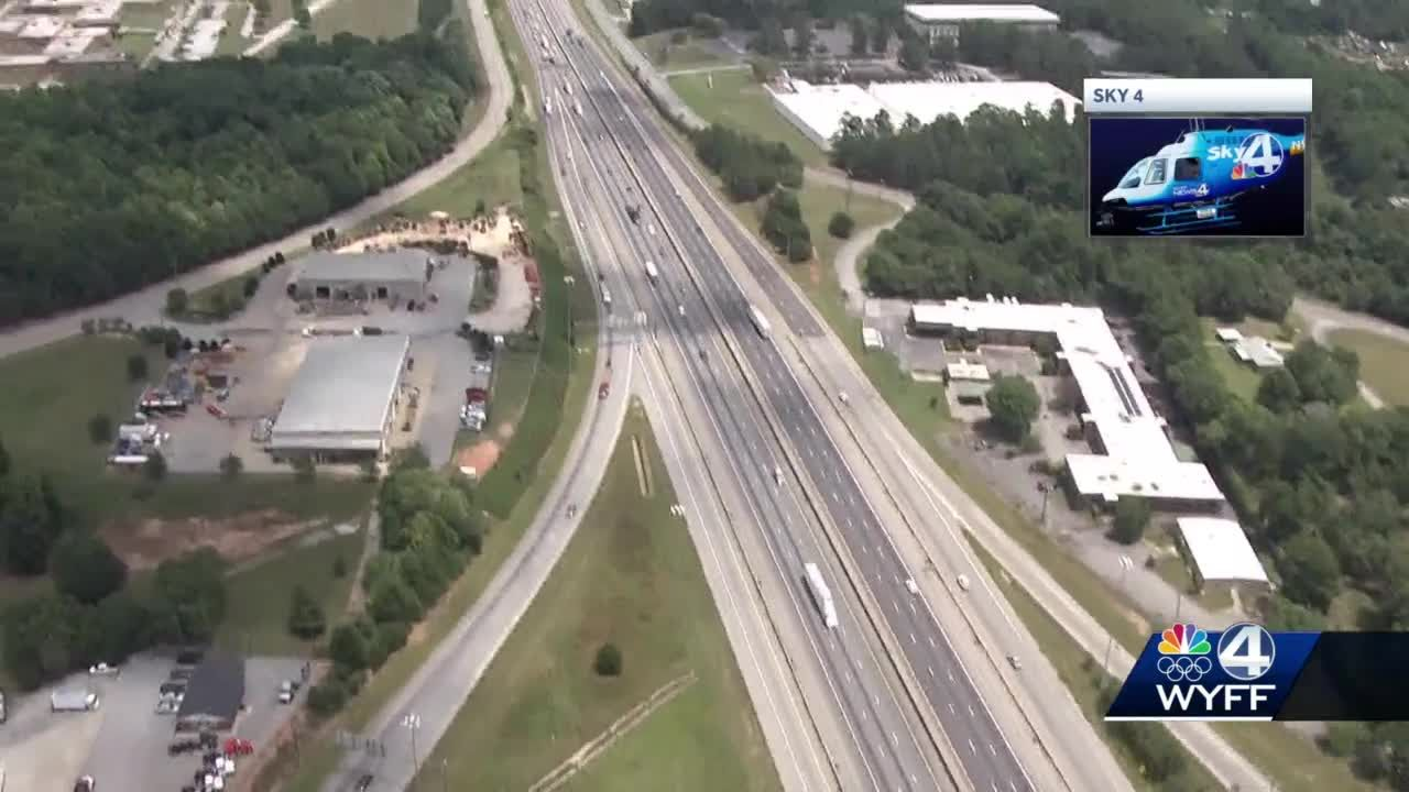 Driver killed in wrong-way crash on Interstate 385 in Greenville County, troopers say