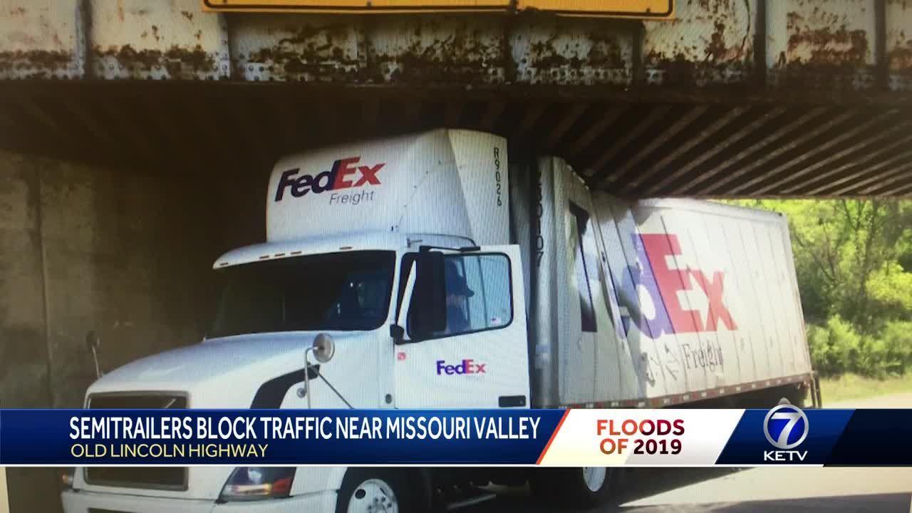 Semitrailers block traffic near Missouri Valley
