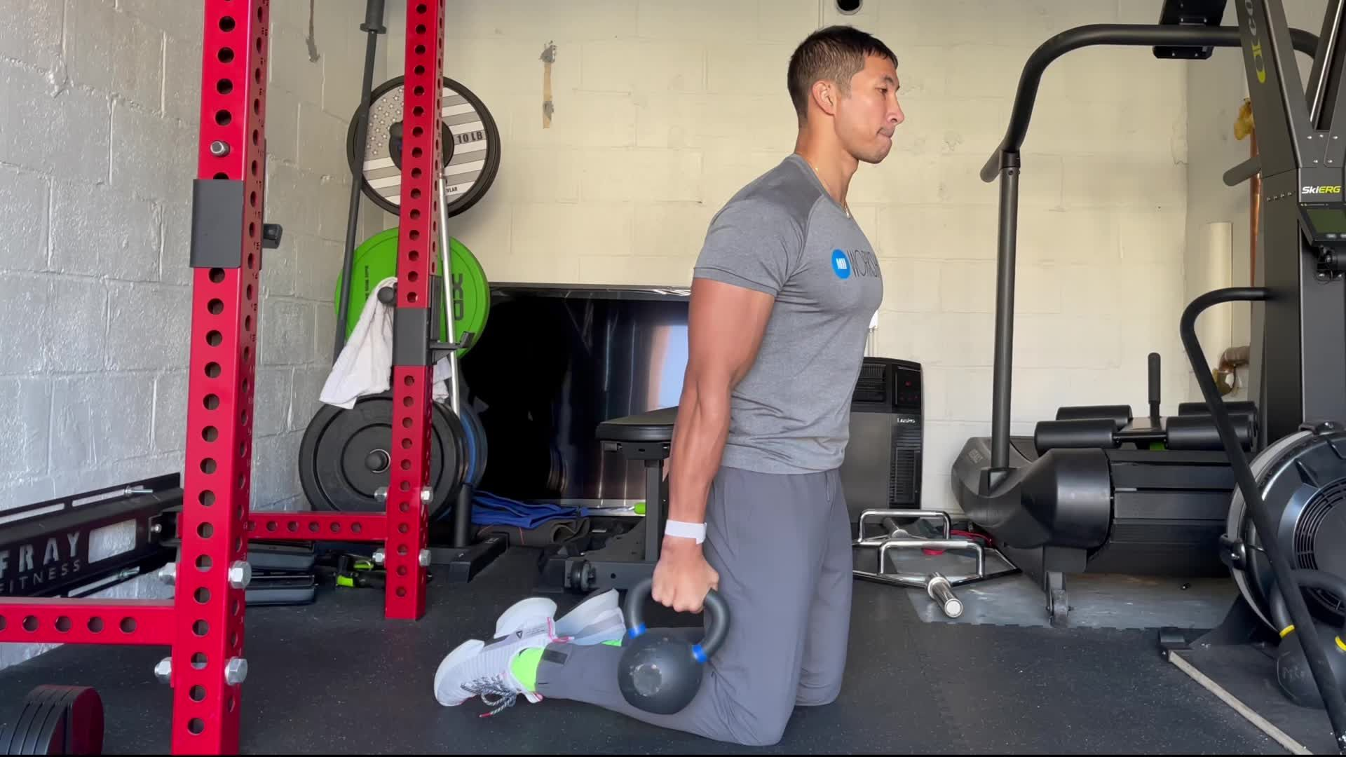This Kettlebell Challenge Builds Explosive Forewrms