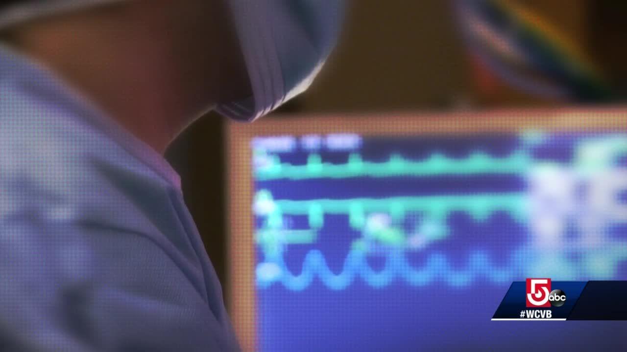 Mass. woman describes symptoms ahead of colorectal cancer diagnosis