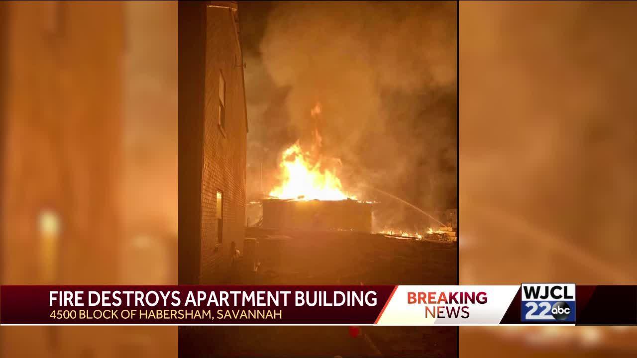 Savannah fire at Habersham apartment building