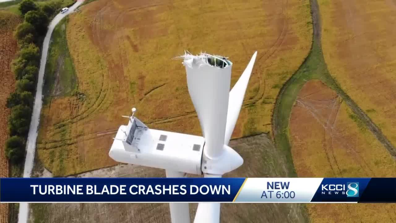 18,000-pound wind turbine blade breaks in Adair County