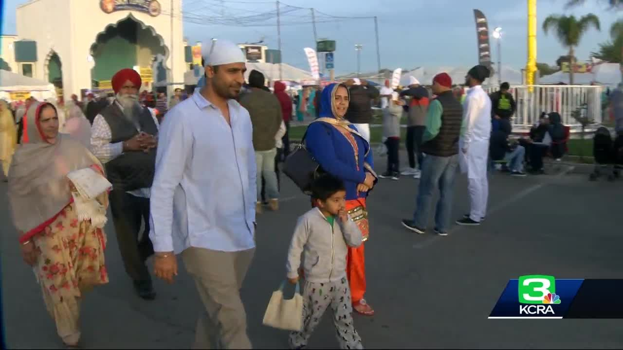 Sikh parade draws thousands to Yuba City