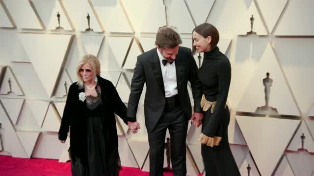 Irina Shayk Celebrates Bradley Cooper Breakup With Triumphant Instagram Of Her Butt
