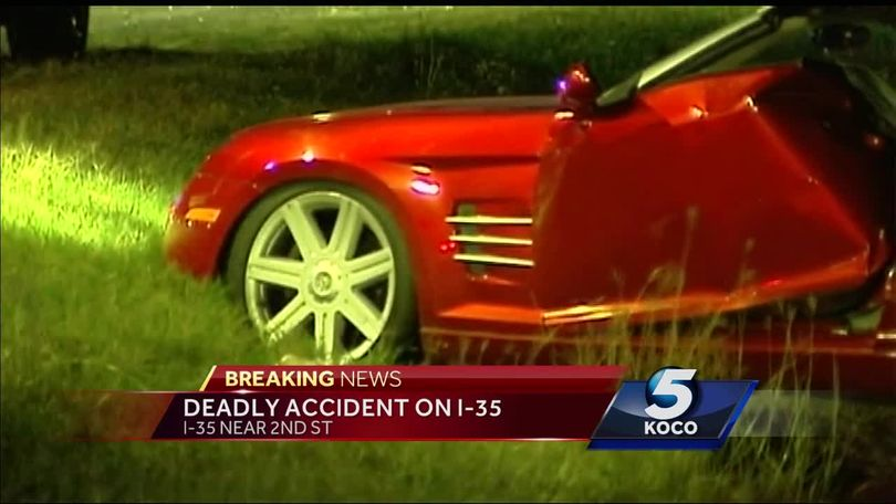 Two killed, one injured in crash on I-35 in Edmond