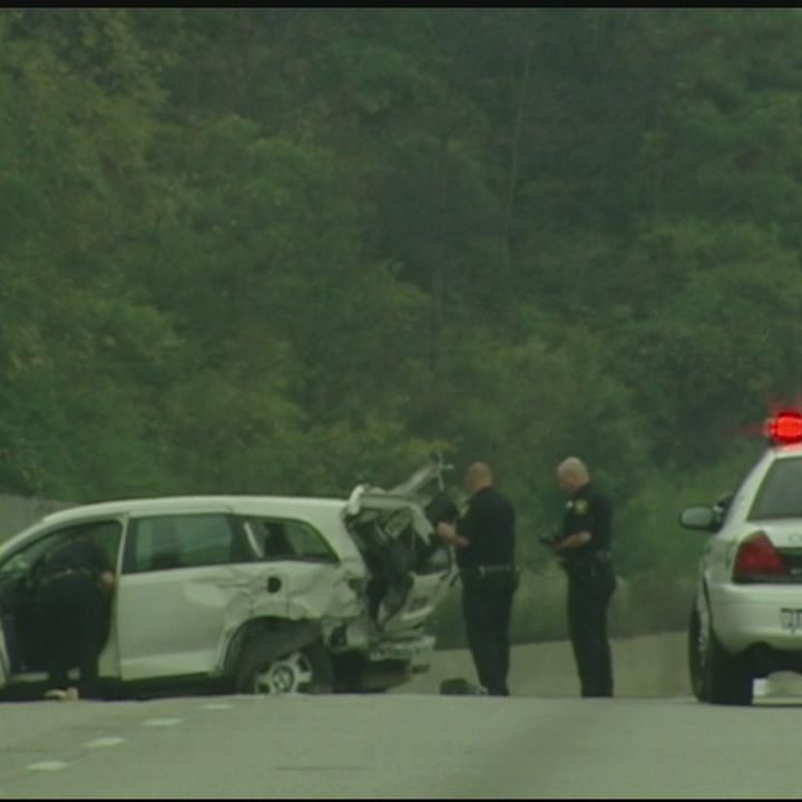 1 dead, 2 injured in multi-car crash on I-75