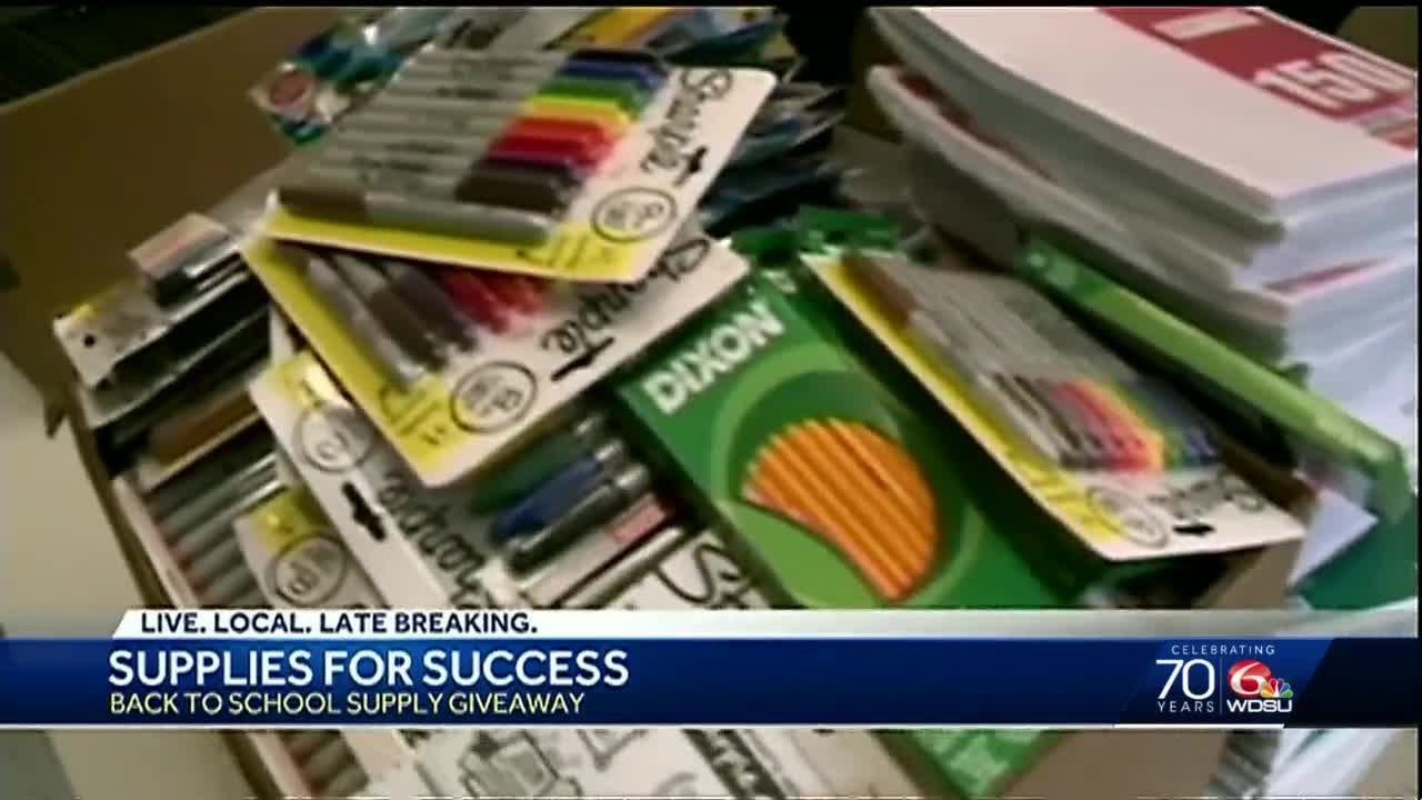 Access Health Louisiana gives away school supplies