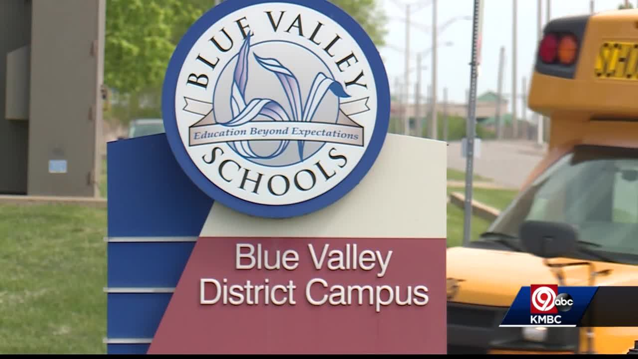 16 families suing over mask mandate in Blue Valley, Olathe school districts