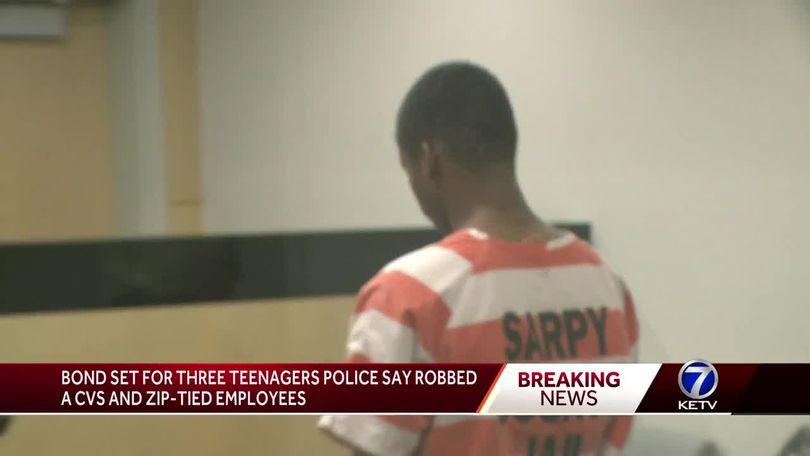 Judge sets bond for three teens accused of robbing CVS, zip
