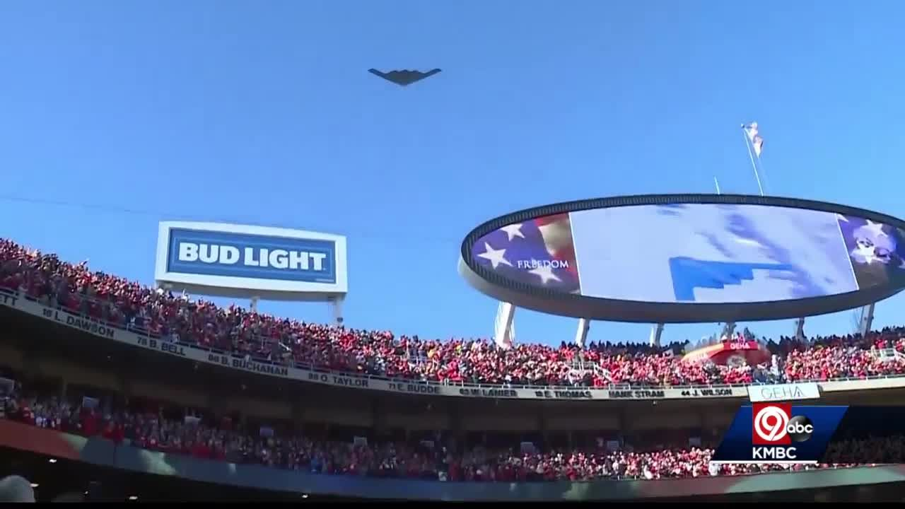 B-2 Stealth Bomber flyover planned for Chiefs playoff game Sunday, piloted by Independence native
