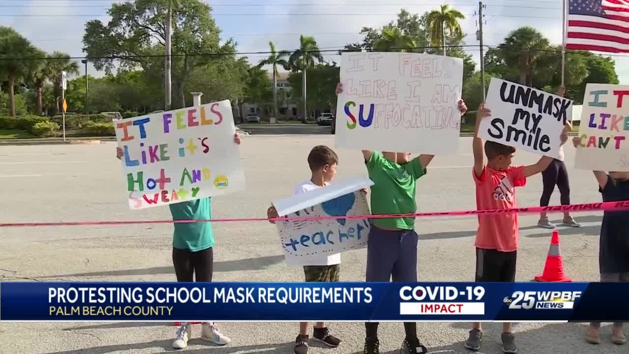 Protesting school mask requirements in Palm Beach County
