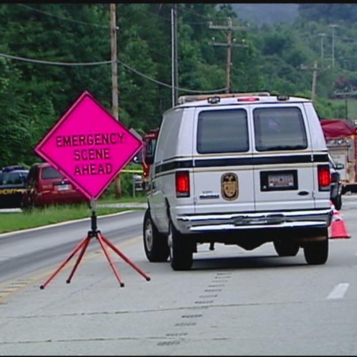 2 killed, 1 injured in fiery wreck in Greer