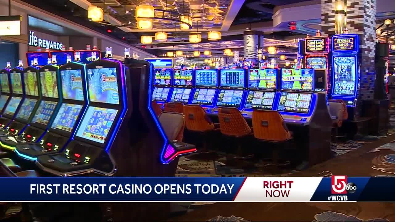 Casino gambling age in massachusetts free arcade slots online