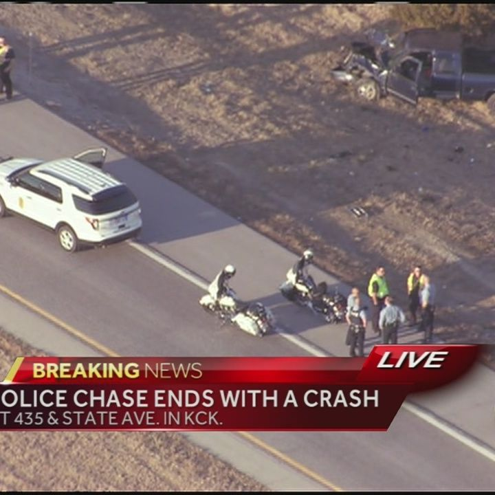 Police chase ends in crash in KCK