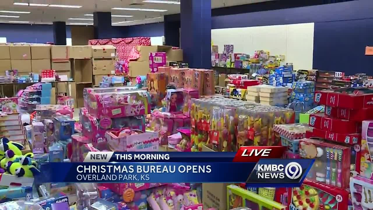Christmas Bureau\'s Holiday Shop opens for low-income families