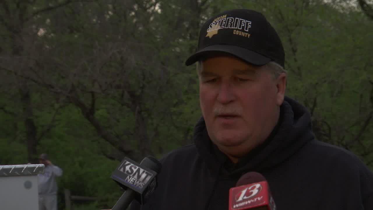 Officials: House explosion near Holton, Kansas, kills 1, injures 1