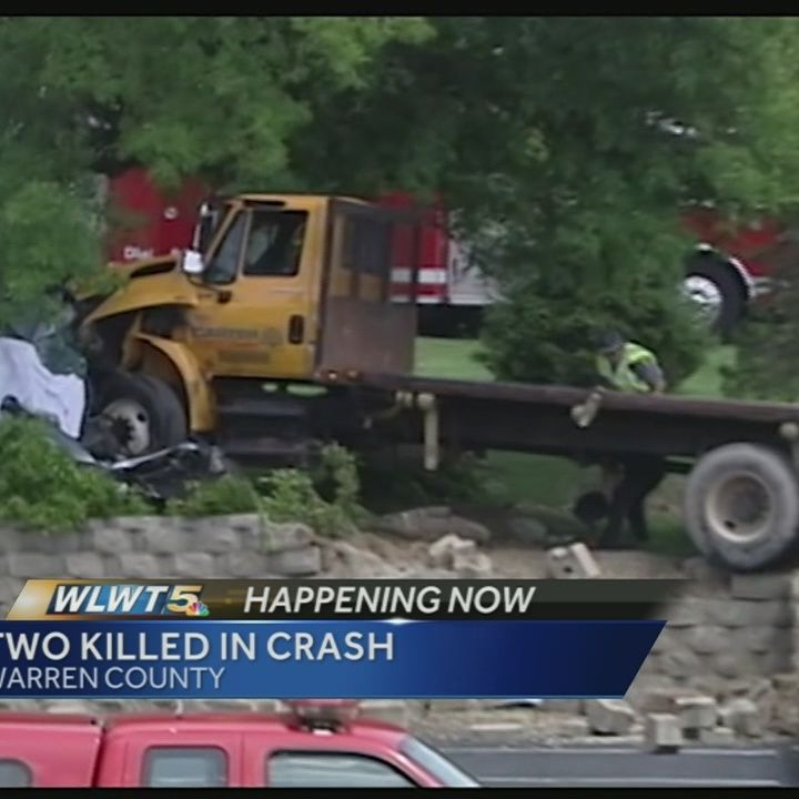 Two killed in 3-car crash in Warren County