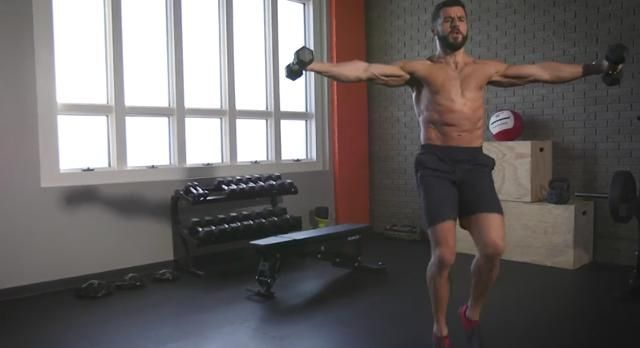 The Cardio Movement That Strengthens Your Core and Shoulders