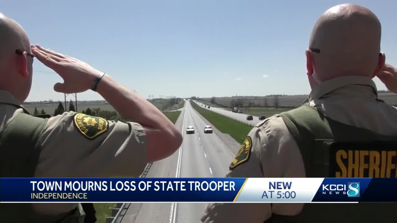 Independence residents mourn fallen state trooper