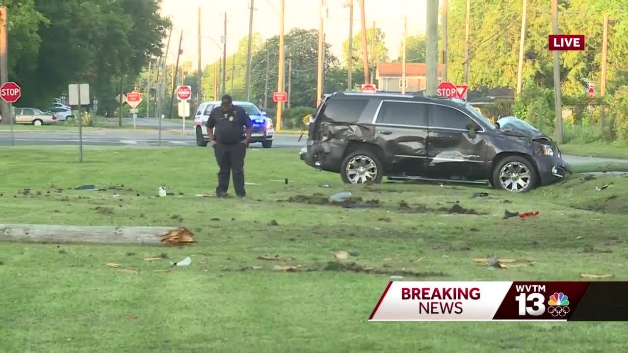 Bessemer officer injured in early morning crash